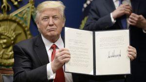 Chính quyền Tổng thống Trump hạn chế cấp visa ở 7 quốc gia