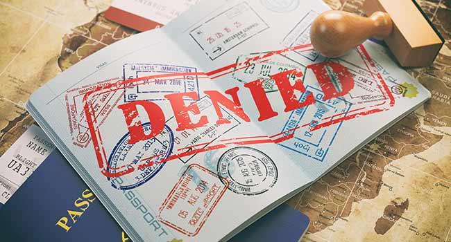Visa định cư bị từ chối vì chính sách mới